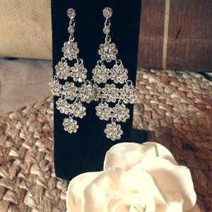 Jewelry - Bridal Rhinestone Dangle Earrings Silvertoned